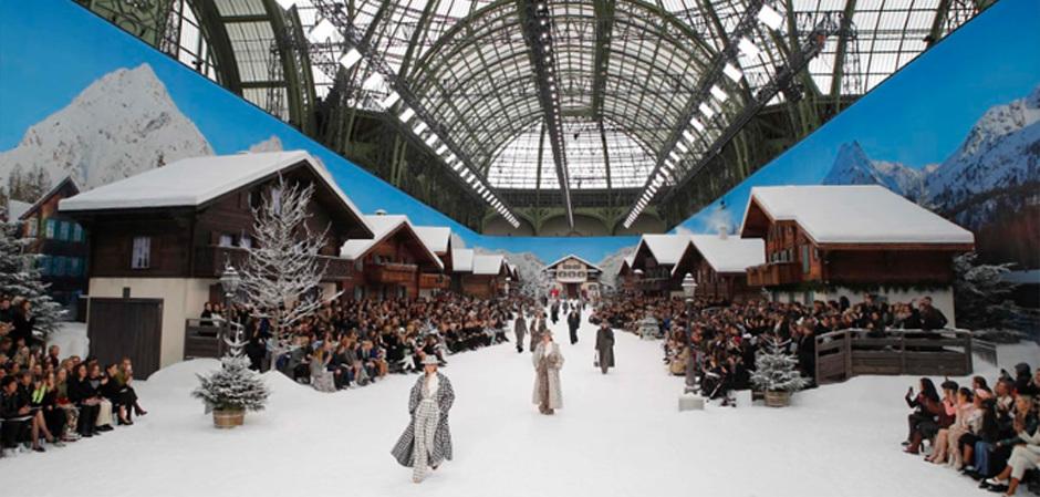 Показ Chanel на Paris Fashion Week, посвященный памяти Карла Лагерфельда