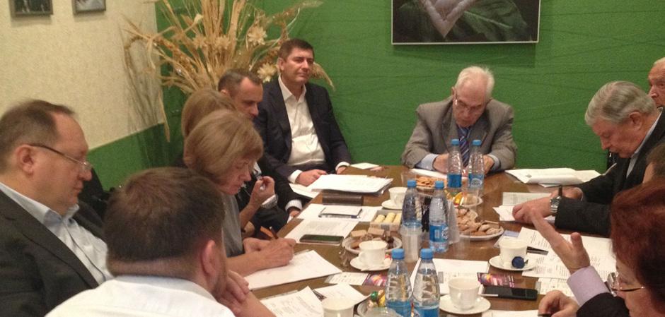 Комитет по химическим волокнам в Союзлегпроме