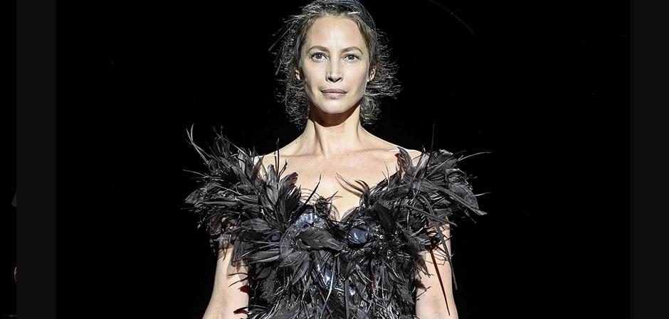 Кристи Тарлингтон на показе от Marc Jacobs