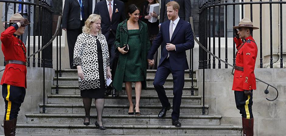 герцогиня Сассекская надела наряд от Erdem