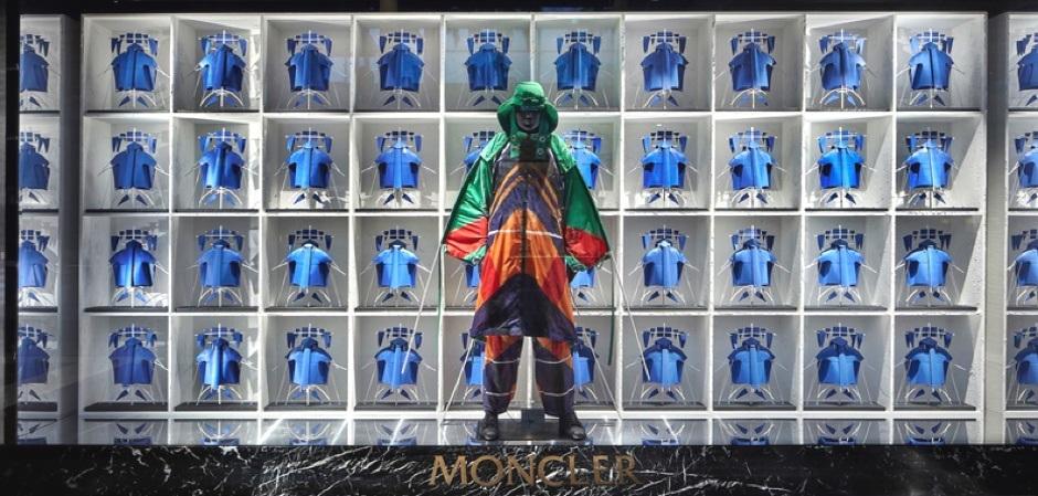 Флагманский бутик бренда Moncler в Сингапуре